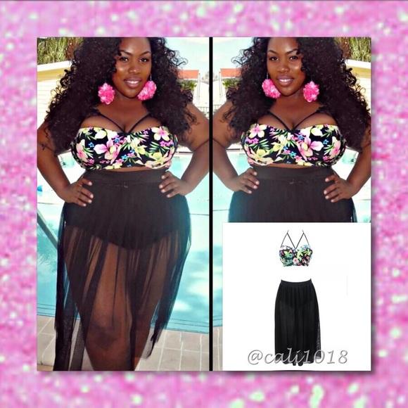 b71ce57a74 🆕2pc Bathing Suit CageFloral Top   Skirt Set