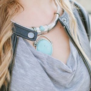 Jewelry - Silver and turquoise statement necklace