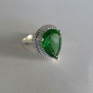 Jewelry - Green Quartz Ring