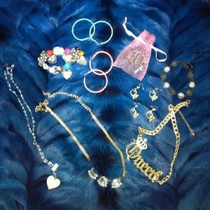 Accessories - Custom jewelry
