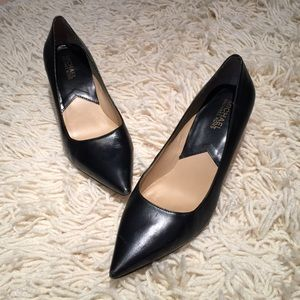 MICHAEL Michael Kors Shoes - Michael Kors Black Pumps size 7.5