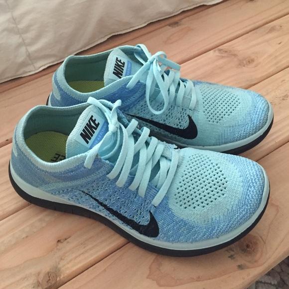 8cc810418401f Nike Shoes - Women s Nike Free 4.0 Flyknit