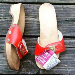 d74a0e4bbaaef9 Vintage Shoes - Vintage 70 s Dr Scholl s Red Leather Exercise Clog