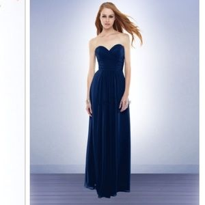 Navy Bridemaid/Prom/Formal Gown