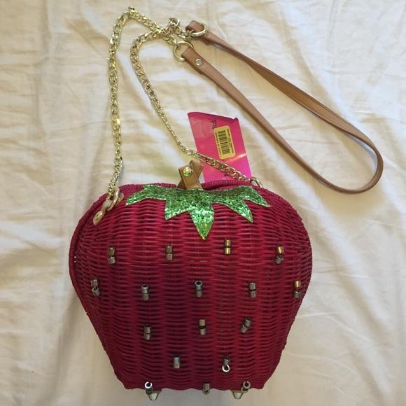 491becacfaed Strawberry straw wicker cross-body bag Coachella NWT