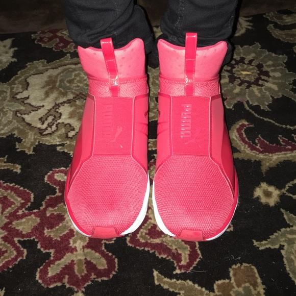 kylie jenner puma shoes pink