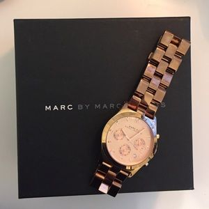 Marc by Marc Jacobs Henry rose gold chain watch