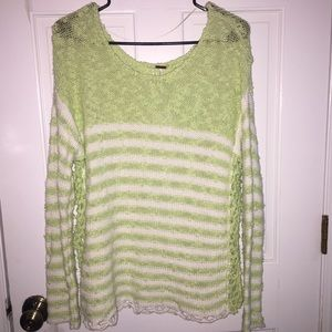NWT Free People Green and White Sweater