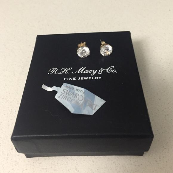 f6e5d6a24 Macy's Jewelry | Macys 14kt Gold Swarovski Stud Earrings | Poshmark