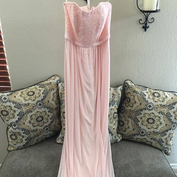 ca4e965cc64 David s Bridal Dresses   Skirts - David s Bridal Lace and Mesh Long  Strapless F18095