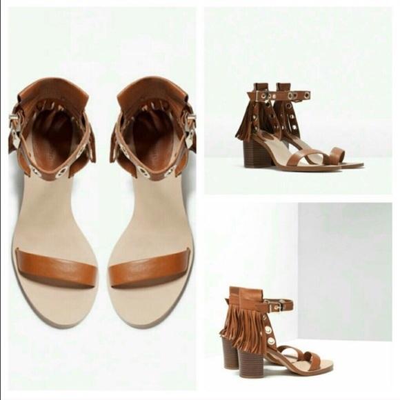 a8ad0f33575 Zara Fringed Block Heel Leather Sandals