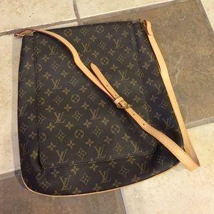 Handbags - Beautiful cross body bag