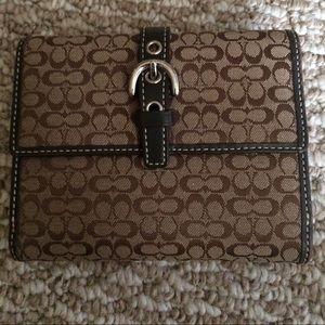 Coach Signature C wallet