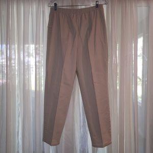 LIZ & ME Pants - # 318.2.  LIGHT KAKHI CAPRIS (SIZE 18WP)