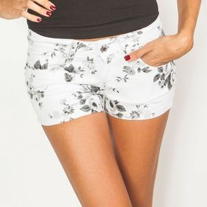 Pants - White and Grey Floral Shorts 7