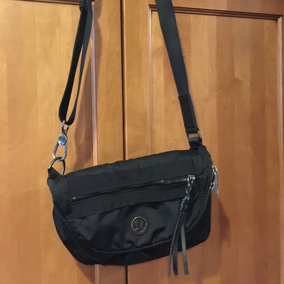 30472f2f9eb lululemon athletica Bags | Lululemon Black Essentials Bag | Poshmark