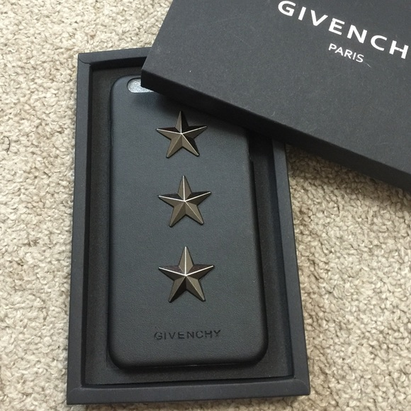save off 96a17 91f6a GIVENCHY CASE IPHONE 6 PLUS Boutique