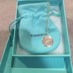 Listing Tiffany Co Heart And Key Necklace 5702ef1db4188e6a620f174a Tiffany And Co Australia