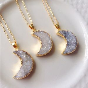 🌙Gold plated moon druzy necklace