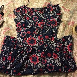 Dresses & Skirts - Red and tan dress with a waist tie