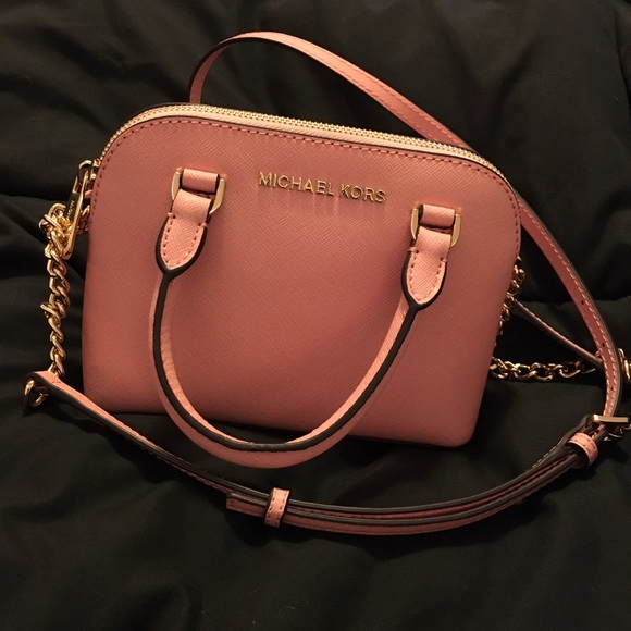 c86206b139c1 michael kors pale pink xs Cindy leather crossbody.  M_570302dc2fd0b7c819010b9a. Other Bags ...