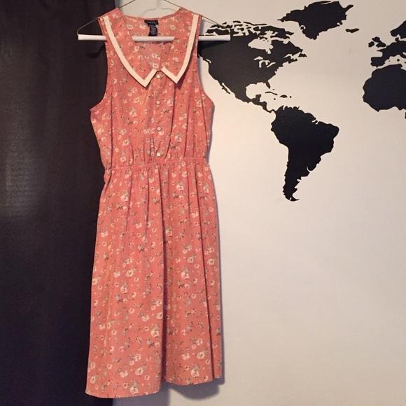 Rue21 Dresses & Skirts - Rue21 Peter Pan dress