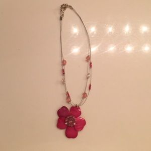 Necklace with pink beads and flower 🌺🌸