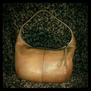 Coach Handbags - Classic Coach Ergo Soft Cognac Leather Hobo Purse