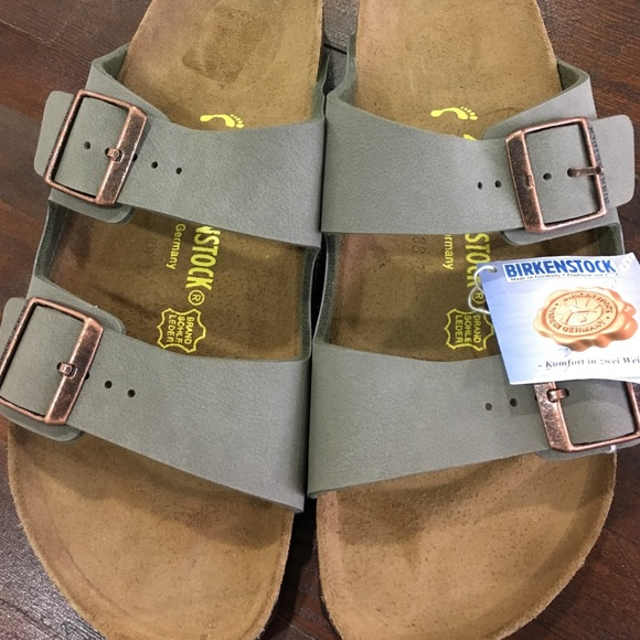 3cccba46a1e3 NEW•BIRKENSTOCK•Arizona•42•taupe•authentic•sandals
