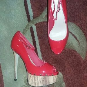 shoedazzle  Shoes - Shoedazzle red open toe platform