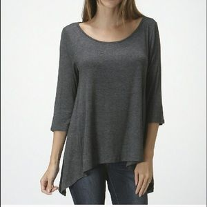 XL left!! Gray Scoop neck sidetail top 