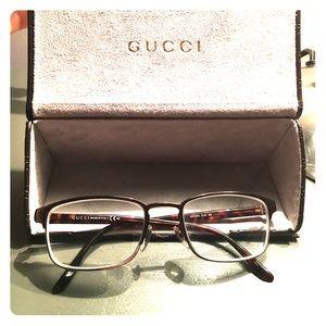Barely worn, Gucci eyeglass frames.