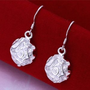 Jewelry - Sterling Silver Flower Earrings