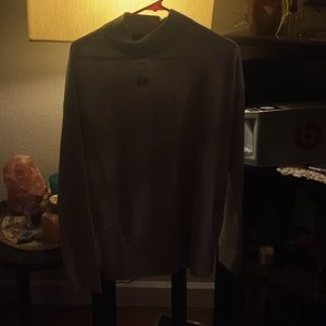 medium sized forever 21 sweater