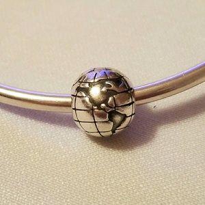 globe pandora