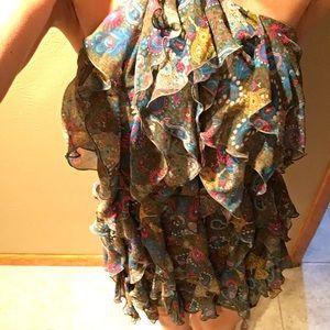Gorgeous simply Vera Wang size 7 layered dress