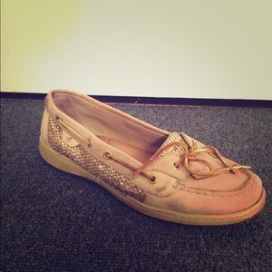 beige & gold Sperry's