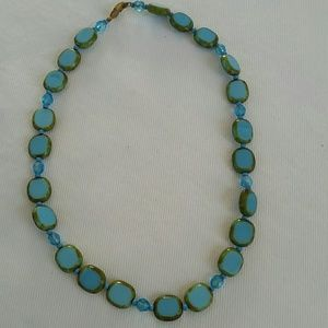 Turquoise/green vintage necklace