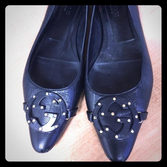 7f5bca8b2 Gucci Shoes | Pointed Toe Black Flats Gold Detail | Poshmark