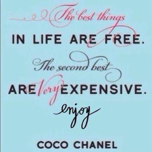Enjoy some retail therapy🌸