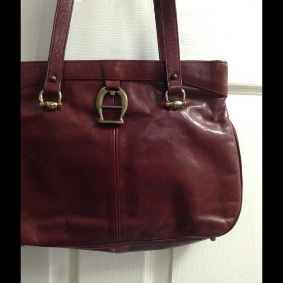 7162bb2d7a Etienne Aigner Handbags - Vintage Etienne Aigner leather handbag
