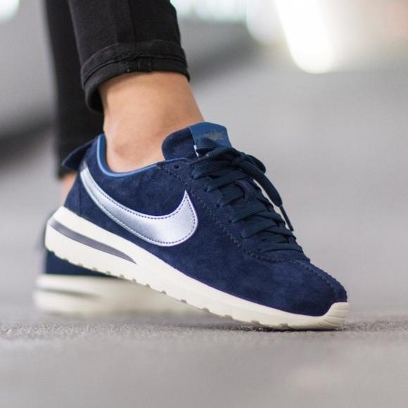 53e164012397b Nike Suede Roshe Cortez Sneakers