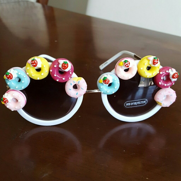 Accessories | White Donuts Doughnut Sunglasses | Poshmark
