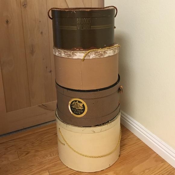 80e15e9f858ac Vintage Bullock s Wilshire hat boxes. M 570400bbc28456b494000ab2
