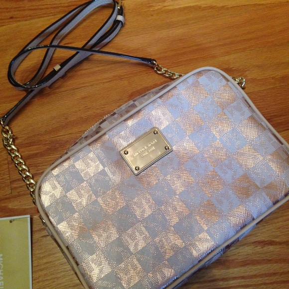 bd5f64a98c9a Michael Kors Jet Set Large Checkerboard Crossbody RARE MICHAEL KORS GOLD ...