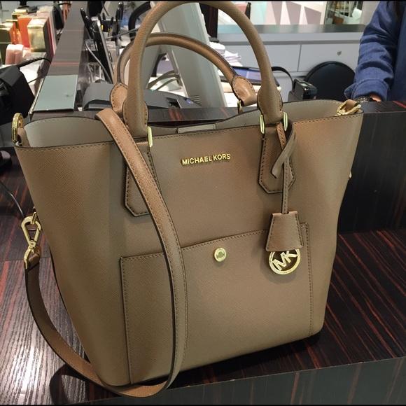b3e85c107ebebb very cheap michael kors purses fake michael kors bags under $50 ...