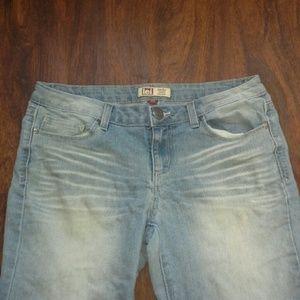 ⭐Final Price⭐ L.e.i. Light Wash Jeans