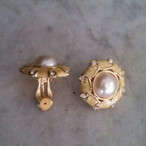 Vintage gold and pearl clip on costume earrings