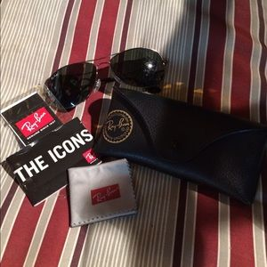 Ray Ban Aviator sunglasses (unisex)