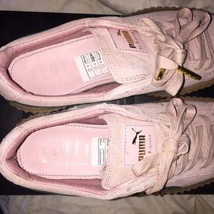 blush pink pumas